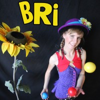 Bri Entertainment - Children's Party Entertainment / Juggler in Oakland, California