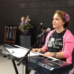 Bri MacPhee - Praise & Worship Leader in Clermont, Florida