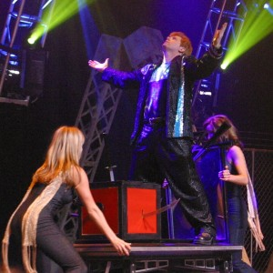 Brian Glow Corporate Entertainer - Illusionist / Halloween Party Entertainment in Winnipeg, Manitoba