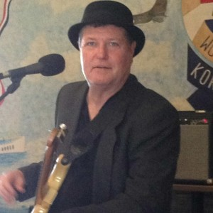Brian Sullivan - Singing Guitarist / Jazz Singer in Stockton, Missouri