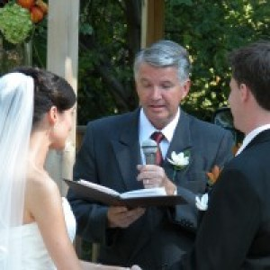 Brides Choice Officiant - Wedding Officiant / Wedding Services in Oshawa, Ontario