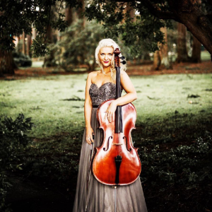 Brooke Scholl - Cellist in Dallas, Texas