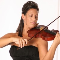 Brooksley Bishop - Violinist / Actress in Pasadena, California