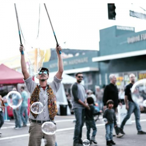 Bubble Juggle Entertainment  - Juggler in San Diego, California