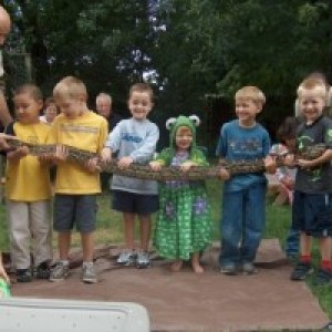 Bwana Iguana Reptile Adventure - Petting Zoo / Outdoor Party Entertainment in Johnston, Rhode Island