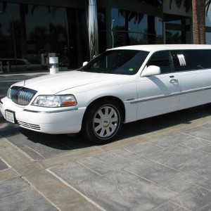 Byrd Limousine Service - Limo Service Company / Wedding Services in Claremont, California
