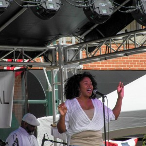C Lynn Regal - R&B Vocalist in Toledo, Ohio