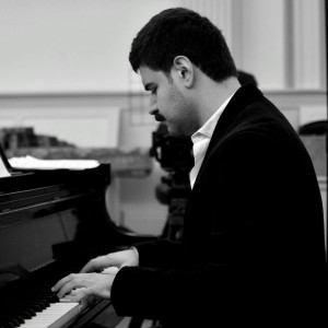 Cagdas Donmezer - Classical Pianist in Van Nuys, California