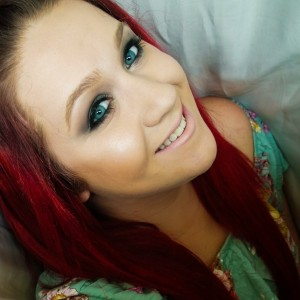 Caitlin Lavin Makeup