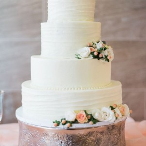 Cakes U Crave - Wedding Cake Designer / Wedding Services in Missouri City, Texas