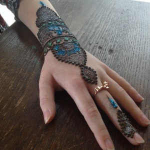 Cardamom & Clove Henna - Middle Eastern Entertainment / Henna Tattoo Artist in Fort Worth, Texas