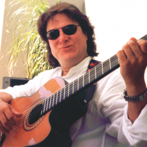 Carl Ross - Singing Guitarist in Palm Desert, California