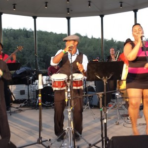 Carlitos Medrano & Sabor de mi Cuba - Salsa Band / Cumbia Music in San Francisco, California