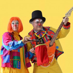 Carlos & Carlitta Clowning - Clown / Guitarist in Nanaimo, British Columbia
