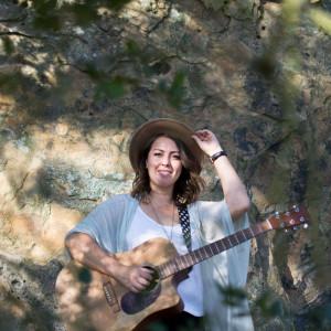Carly Escoto - Singing Guitarist in Santa Monica, California