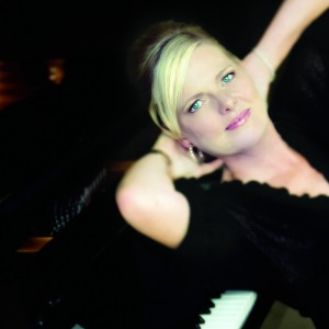 Carol Welsman - Jazz Band in West Hollywood, California