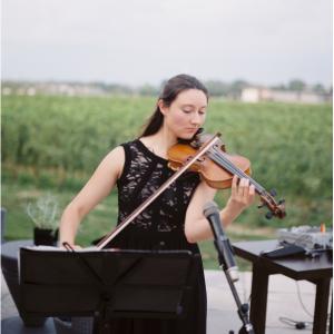Carolina Herrera - Violinist in Toronto, Ontario