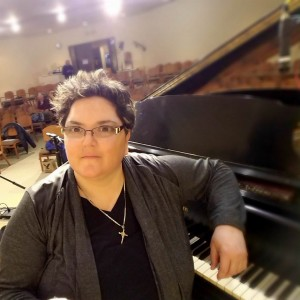 Carolyn Messina - Singing Pianist in Fairfield, New Jersey