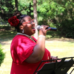 Queen Carolyn T - Wedding Singer / R&B Vocalist in Toronto, Ontario