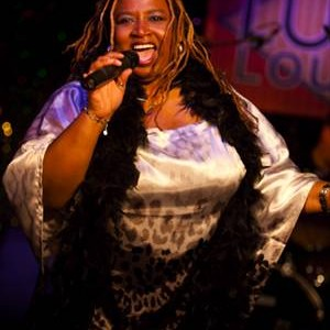 Carolyn Thompson - Motivational Speaker / Singing Telegram in Toronto, Ontario