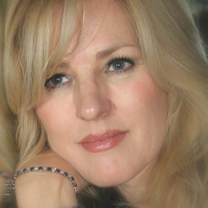 Carrie Landsgaard - Jazz Singer in Cathedral City, California
