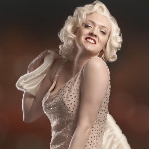Marilyn Monroe Back Of Limo Birthday Cake
