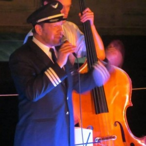 Charlie Cockpit, The Singing Airline Pilot - Crooner / Big Band in Providence, Rhode Island