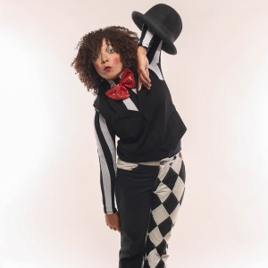 Chatty The MIme - Juggler in New Orleans, Louisiana