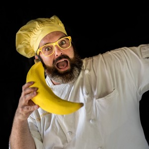 Chef Bananas - Strolling/Close-up Magician / Halloween Party Entertainment in St Louis, Missouri