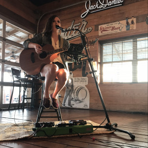 Chloe Overstreet - Singing Guitarist / Acoustic Band in Beaumont, Texas