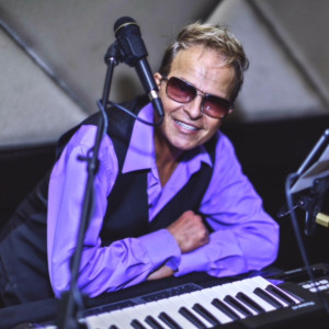 Chris Autore - Singing Pianist in Fort Lauderdale, Florida
