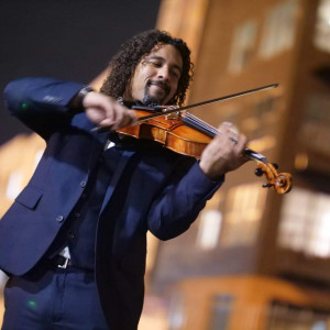 Chris Barbosa Music - Violinist in Tampa, Florida
