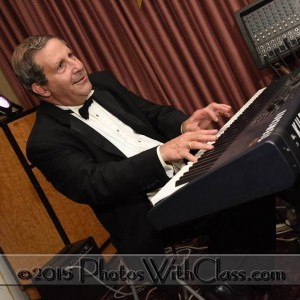 Chris Glik - Pianist in Los Angeles, California