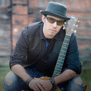 Chris James - Singing Guitarist in San Diego, California