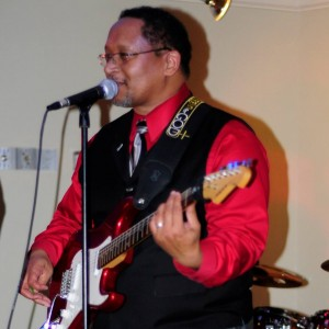Chris Knox Sr - Guitarist - Singing Guitarist / Jazz Band in San Antonio, Texas