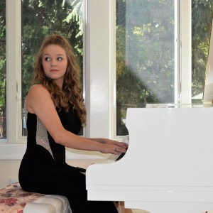 Christina Churavy - Solo Pianist - Pianist in Broadview Heights, Ohio