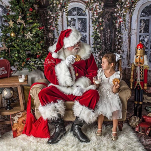 Merry Christmas Entertainment and Real Bearded Santas - Holiday Entertainment in Palm Beach, Florida