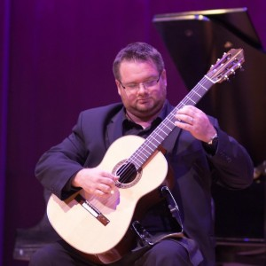Christopher Gotzen-Berg - Classical Guitarist in Massapequa, New York