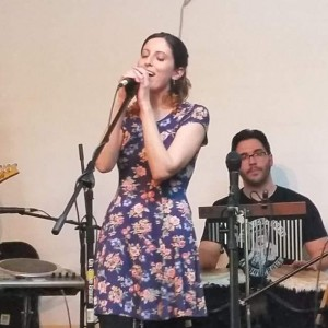 Christy Nunes - Folk Singer in Spring Hill, Florida