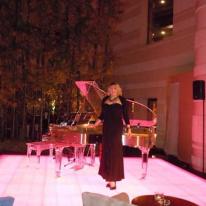Clarolyn Maier - Pianist / Harpist in Los Angeles, California