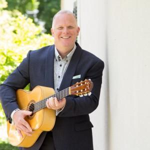 Classical Guitarist - Derek Macrae - Classical Guitarist in Toronto, Ontario