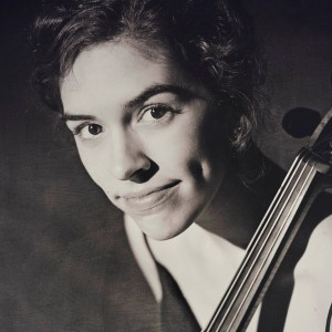 Marie Bloem - Cellist in Chicago, Illinois