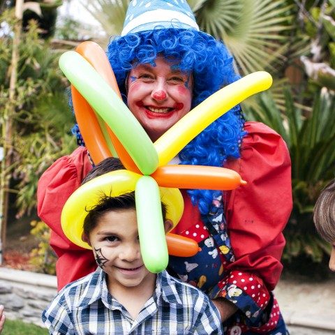 Hire clowns in san diego clown in san diego california for Face painting clowns for birthday parties