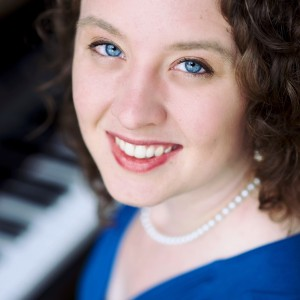 Alyssa Darwin Piano - Pianist / Holiday Party Entertainment in Fort Lee, Virginia