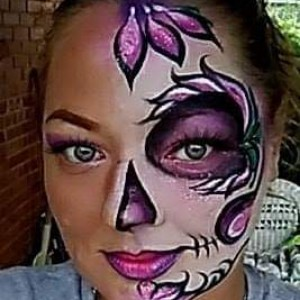 Color with Chrissy face art - Face Painter / College Entertainment in West Mifflin, Pennsylvania