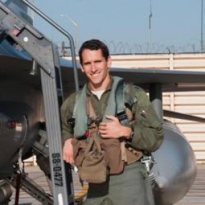 Taylor Fox - Fighter Pilot - Business Motivational Speaker in Panama City, Florida
