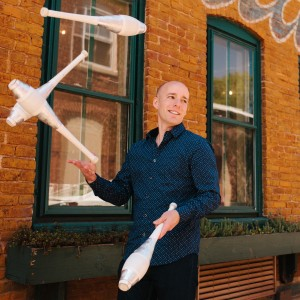 Comedy Juggler Stephen Caruso - Corporate Comedian in Easton, Pennsylvania