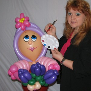 Creative Balloon Art &  Face Painting by Mirae - Face Painter / College Entertainment in St Charles, Illinois