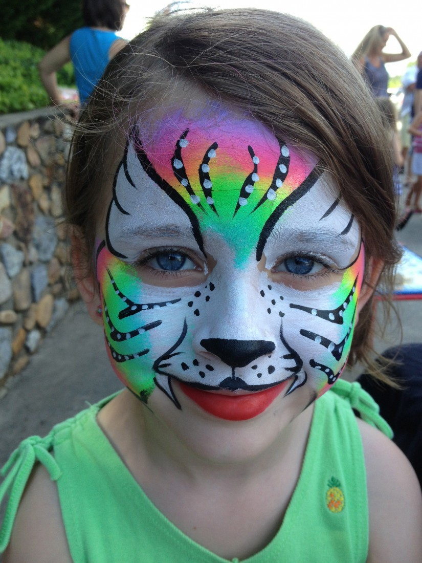 Texture and colour face painting and lashes by