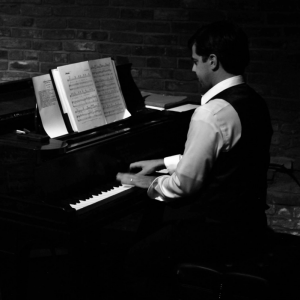 Cris O' - Pianist / Wedding Musicians in San Diego, California